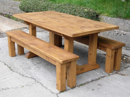 6' x 4' Pie table with 2 6' benches