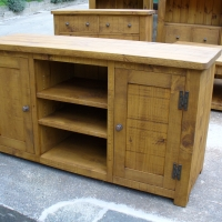 Dresser style TV & Video Entertainment Unit 60