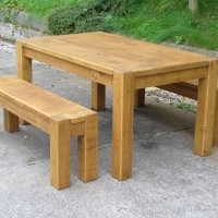 Dining Table chunky style